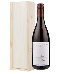 Cloudy Bay Pinot Noir Wine Gift in ...
